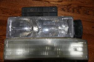 Headlights for GMC van 99'-2000' etc.