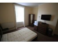 Double Room with En Suite - Furnished - TV & Broadband - All Bills Included - Town Centre Location
