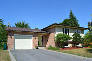 898 Plainview Place - Updated home in Lancaster & Mother Teresa