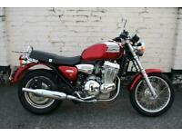Triumph Thunderbird 900 | Red Triumph Thunderbird | Classic Triumph Motorcycles