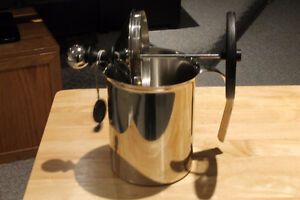 Milk frother Regina Regina Area image 1