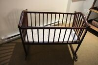 Solid wood bassinet