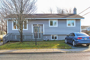 Move in Ready!  Heart of Mt. Pearl $239,900.00!!!