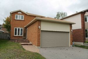 MUST SEE! DETACHED HOUSE FOR RENT WITH FINISHED BASEMENT DON'T M