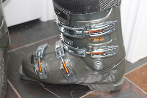 HEAD boots size 27.5