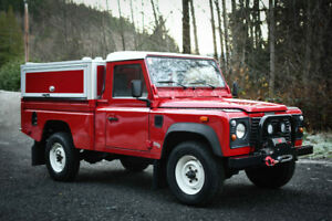 1999 Land Rover Defender 110 Pickup - Only 35,000km. Like new.