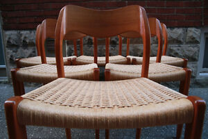 6 TEAK DINING CHAIRS by NIELS MOLLER #71 (Mid Century/Mint)