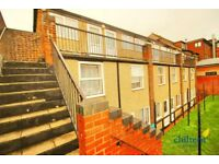 Studio flat in 240 Dunstable Road, Beechill, LU4