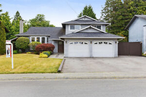 New Price ! Beautiful renovated 3 bed and den home. Open House!