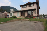 Duplex For Sale On Quiet Street In Sparwood Heights