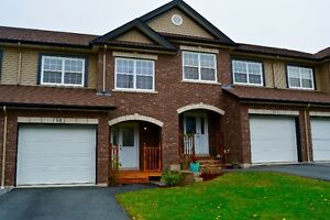 Beautiful home in Russell Lake West, Dartmouth