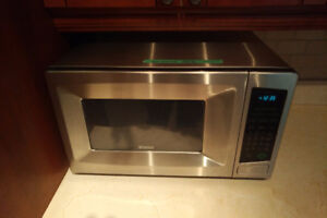 Microwave Oven - Kenmore, Stainless Steel, Small, 2005