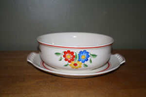 Pretty Flowers Vintage Serving Platter and Bowl (no lid)