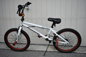 Barely Used Supercycle Fracture BMX Bike - Excellent Condition