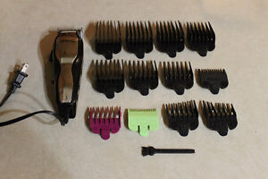 WAHL HAIR CUTTERS AND ADJUSTABLE LENGTH COMBS Windsor Region Ontario image 1
