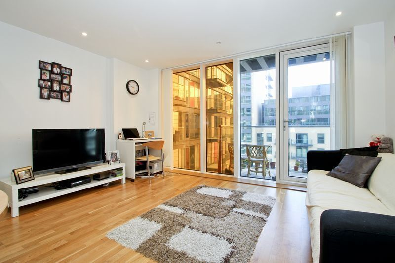 ***Modern 1 Bedroom Apartment in Ability Place E14 NOW***