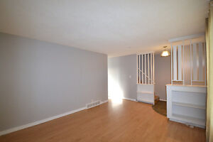 Side-by-side duplex! Live in one side and rent out the other! Regina Regina Area image 7