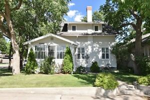 1085 Grafton Ave., Moose Jaw