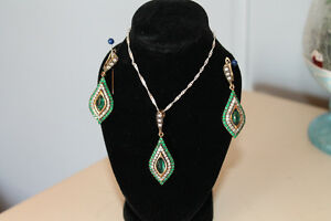 Emerald Necklace & Earrings