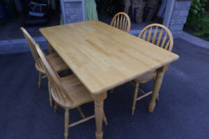 Kitchen table, with 5 chairs.  Excellent condition.