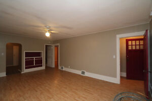 Located close to downtown Yorkton sits this great starter home Regina Regina Area image 5