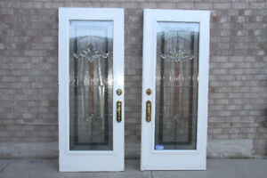 Exterior entrance doors with glass window