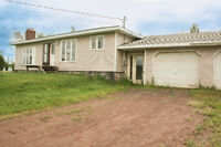 38 BRUN ST, PETIT-CAP! 3 BDRM HOME W/ ATTACHED DOUBLE GARAGE!