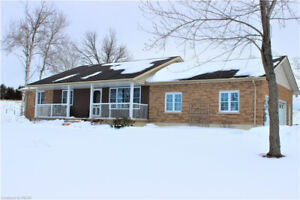 *JUST LISTED* Affordable Rural Family Home- 10 mins to PTBO