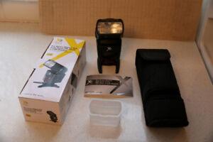 Xit Pro Series Digital SLR Auto-Focus E-TTL Flash for Canon (XT7