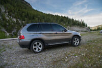 2005 BMW X5 - 4.4L Great Condition + New Winter Tires/Rims