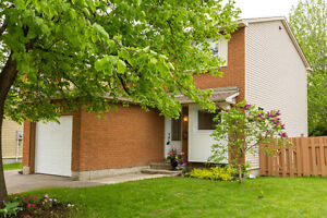 OPEN HOUSE SATURDAY 2-4PM - ORLEANS - INCREDIBLE BACKYARD
