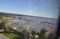 HARBOURVIEW WATERFRONT CONDO, AMAZING VIEWS, RENOVATED,