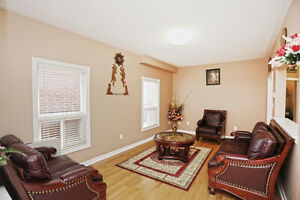 4 Bedroom 2.5 Bathroom Spacious House For Rent in Brampton London Ontario image 3