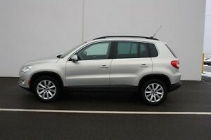 2010 Volkswagen Tiguan Highline 6sp at Tip 4M