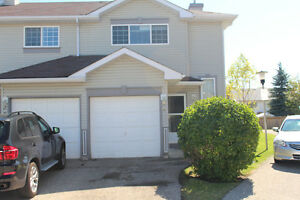 Beautiful Townhouse for rent in SHAWNESSY, CALGARY