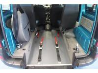 Renault Kangoo wheelchair car disabled vehicle mobility van PETROL