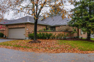 2 bedroom end unit in sought-after Stonegate complex in Byron