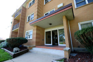 Income Property Available: 32 Suite Apartment Complex, $3.7M