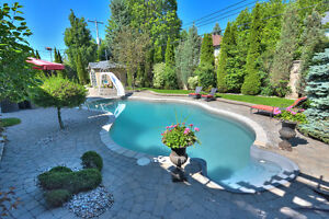 Beautiful House |Private Tennis Court | Beaconsfield for sale