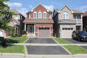 4 Bed, 3 Bath, fully detached house, less than 15 years old!!!