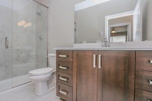 1 BDRM PENTHOUSE WITH DEN- North london London Ontario image 4
