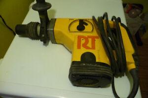 Dewalt 1 3/4 inch max rotary hammer / chisel