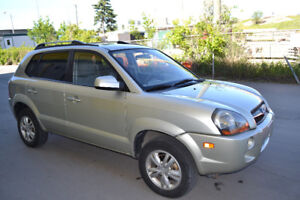 2009 Hyundai Tucson. S/Roof. Nav. DVD. Bluetooth. Seat Warmer.