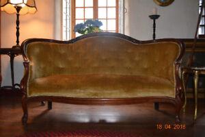 Magnifique sofa Victorien années 1800