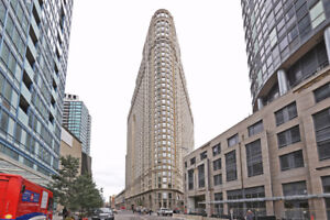 Very SPACIOUS, LUXURY 1-BR, Financial District