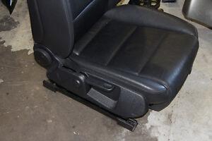 Audi A4 B7 2006 - 2008 Leather Seat Passenger w/airbag Oakville / Halton Region Toronto (GTA) image 2