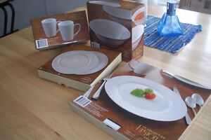 Assiettes blanches IGA, bols,tasses Collection Fusion