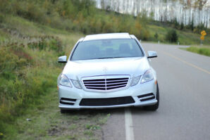Well maintained 2012 Mercedes E350 . ($19,500) with warranty.