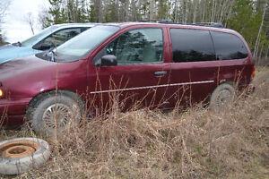 1998 Ford Windstar GL Minivan, Van