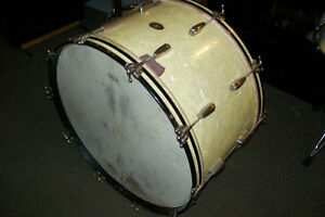 1940s SLINGERLAND RADIO KING 26 inch BASS DRUM Windsor Region Ontario image 1